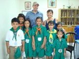 Fiore School in the Philippines - Steve Heintz and Ayo Reyes pose with several students from Fiore school